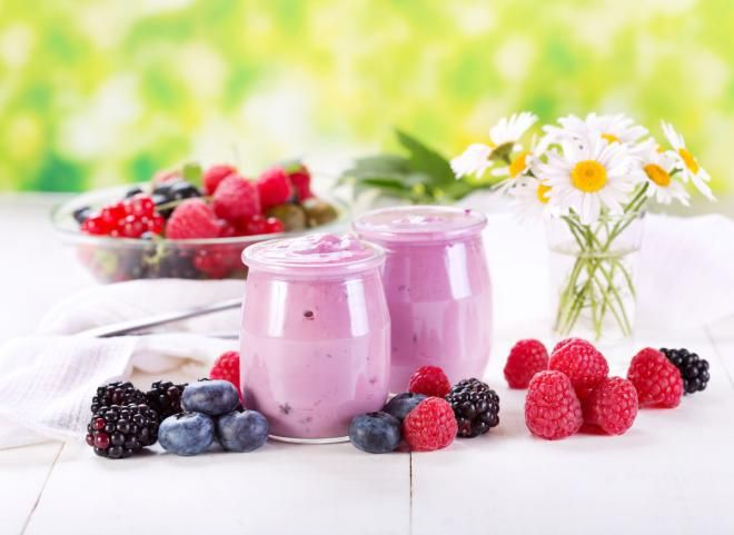 10 полезных свойств йогурта, о которых известно не всем