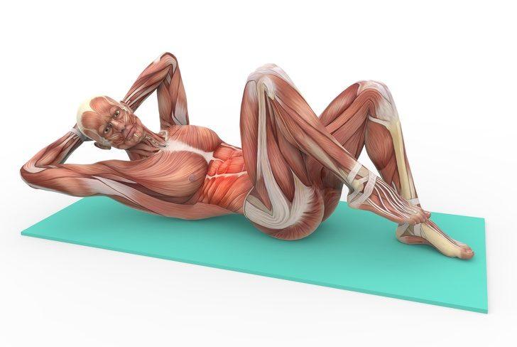 Упражнения, которые помогут победить боль в спине и укрепить пресс