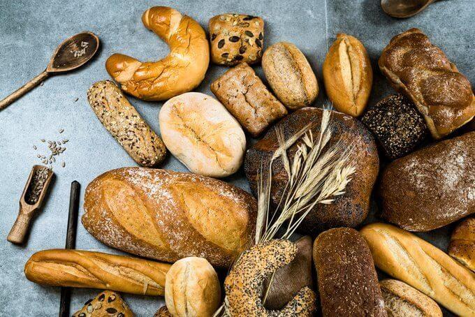 Почему после 50 необходимо отказаться от хлеба