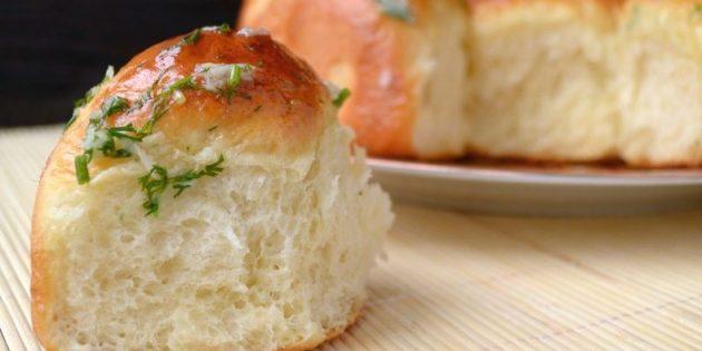 7 рецептов ароматных пампушек с чесноком