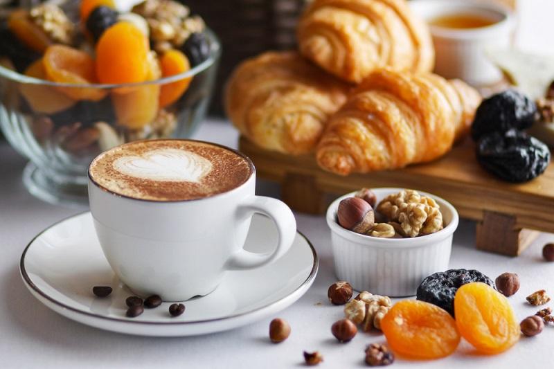 Лучший завтрак для тех, у кого выпирает живот (супруг завтракает только так). Тайный ингредиент сделает тебя стройной.