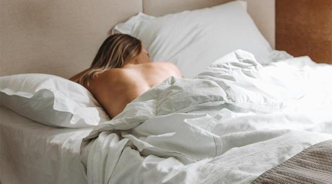 5 причин, чтобы спать абсолютно голой