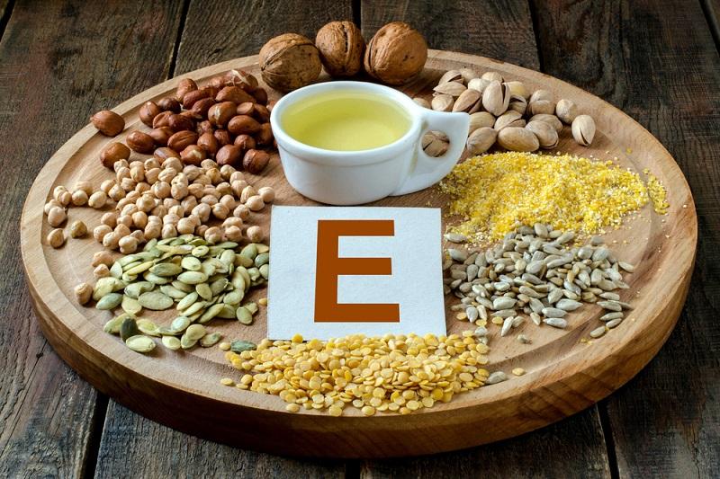 Кожа резко начала стареть? Стала применять витамин Е правильно, результат удивил всех подруг. Чудодейственное вещество…