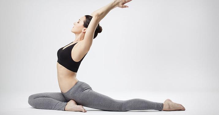 Пилатес — 6 упражнений для начинающих, которые улучшат осанку, выносливость и гибкость