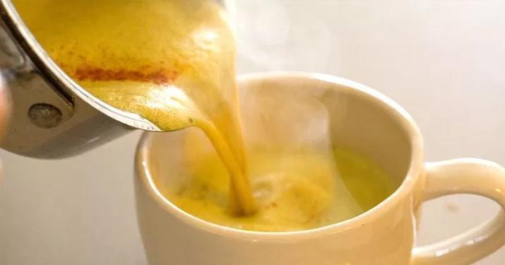 Как приготовить чай с корицей и куркумой, чтобы побороть воспаление