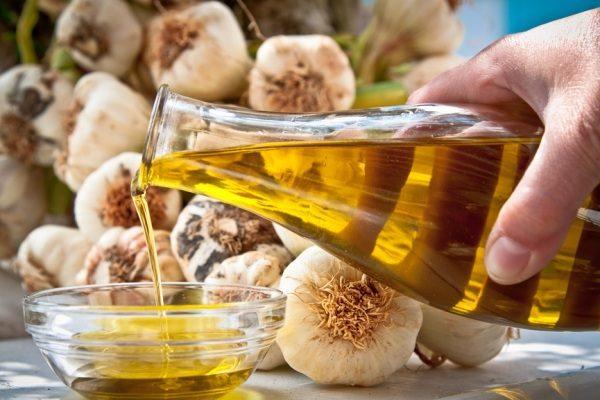 Чесночное масло и подвижность суставов