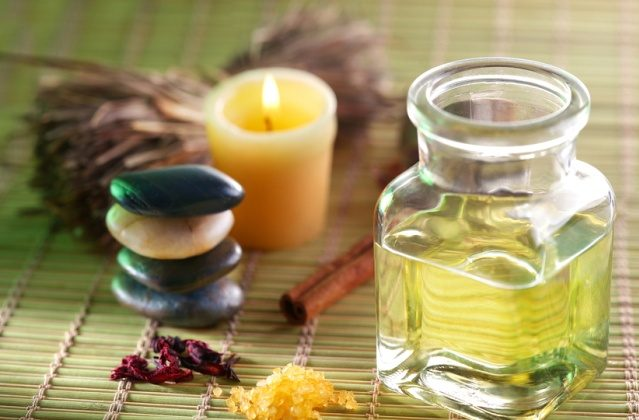 Камфорное масло: свойства, применение