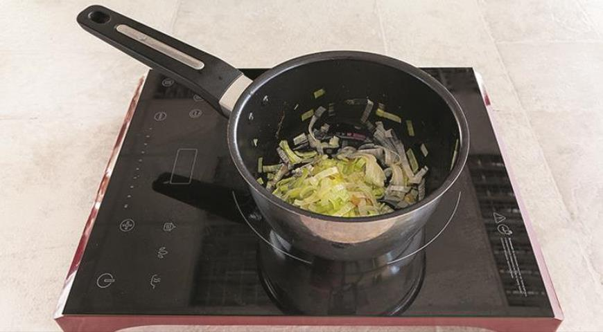 Простая домашняя еда - курица с перловкой и овощами
