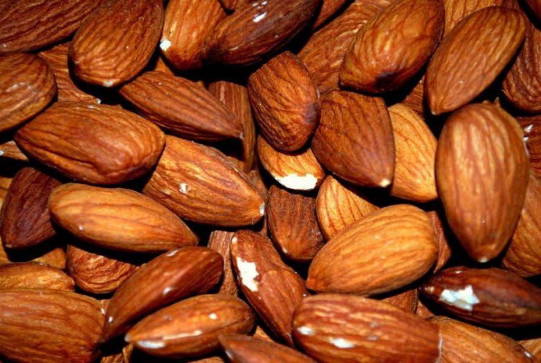 Самые полезные орехи и семечки