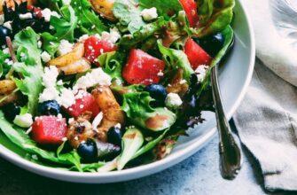 Лучший салат августа, который может приготовить каждый